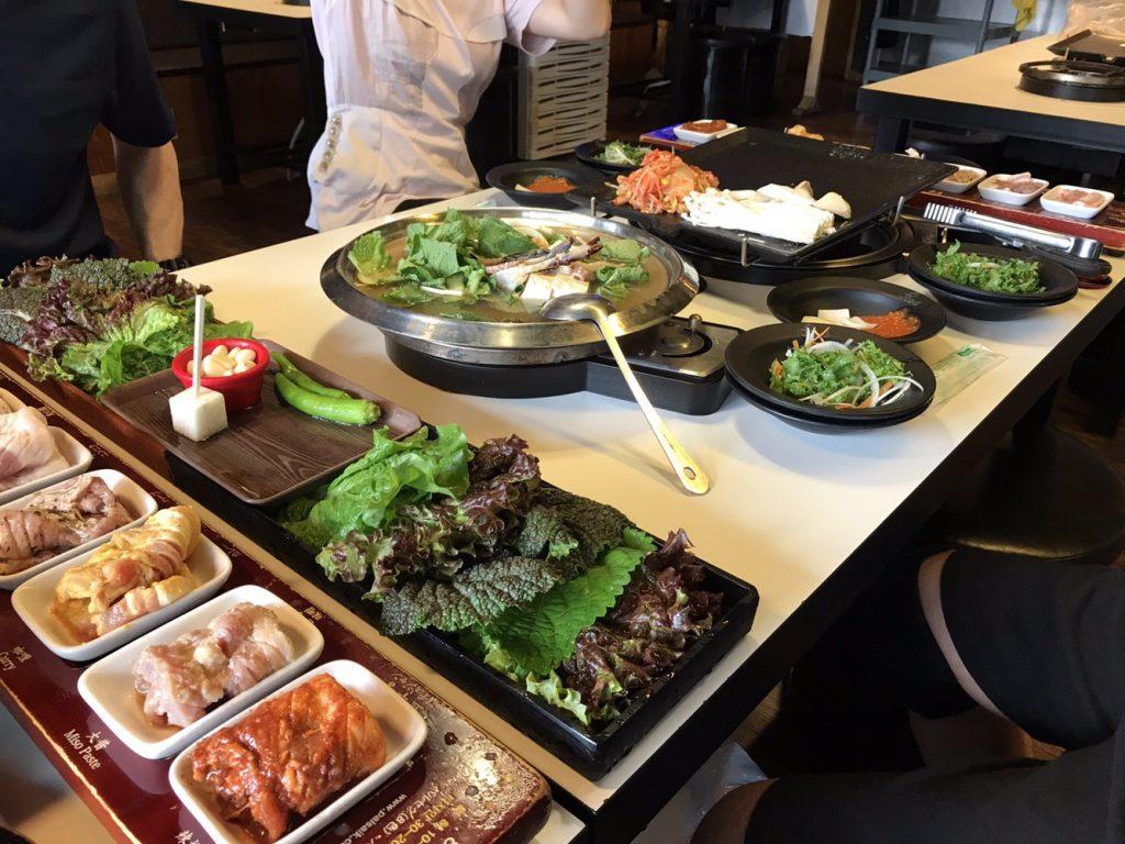 韓国 サムギョプサル